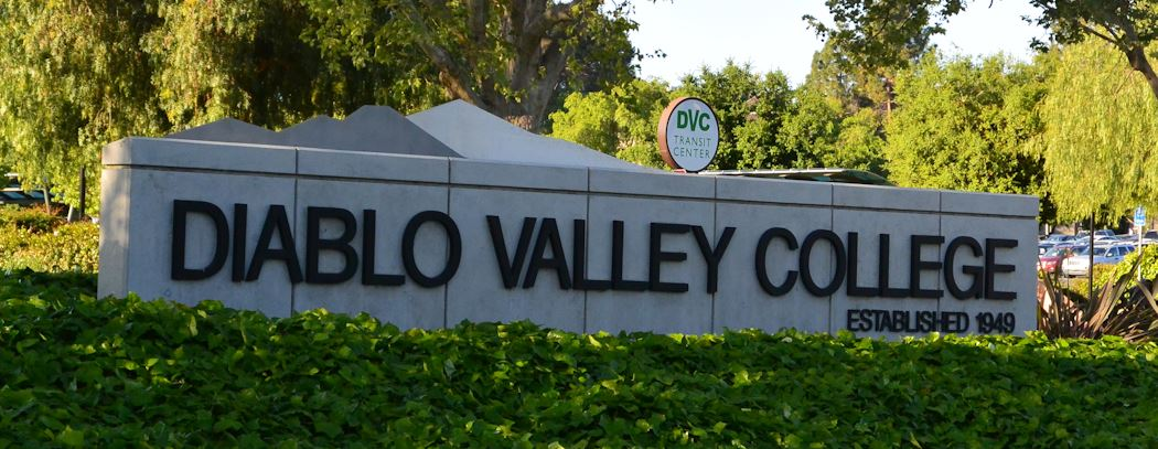 diablo valley college sign